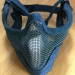 サバゲーに必須のフェイスガード、マスク、メッシュで耳までカバーできるヤツが良かった